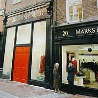 Marks & Spencer 开始流行运用EPC 技术