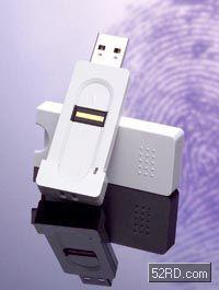 虽说噱头大于实际,就连随身碟也开始内建指纹辨识功能