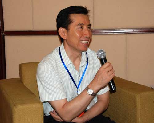 加密SD卡实现手机银行身份认证——访CFCA中国金融认证中心副总经理曹小青